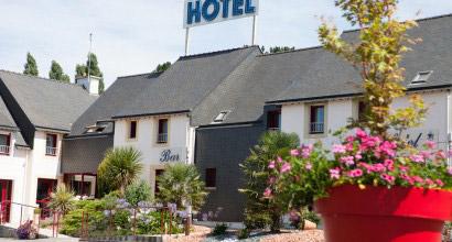 Facade de l'hôtel Le Branhoc à Auray